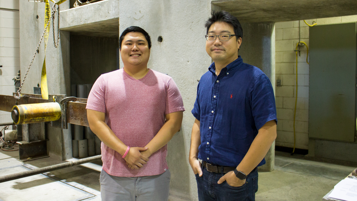 David Gee (left) and Dr. Chungwook Sim