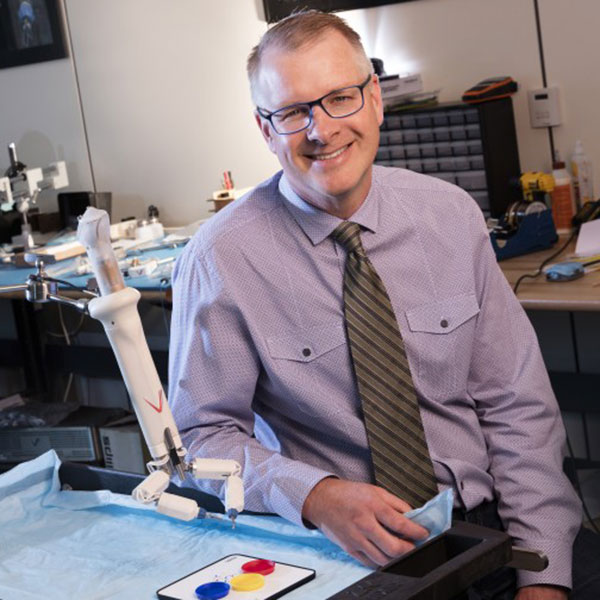 Shane Farritor, Lederer Professor of Mechanical and Materials Engineering, has been named a Fellow of the National Academy of Inventors.