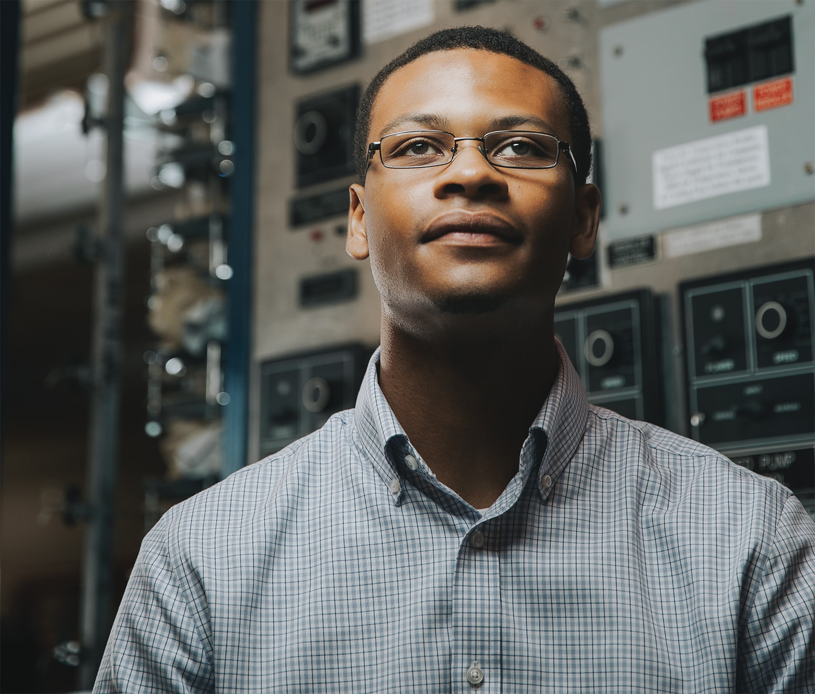 Julian Davis, a senior in chemical and bimolecular engineering.
