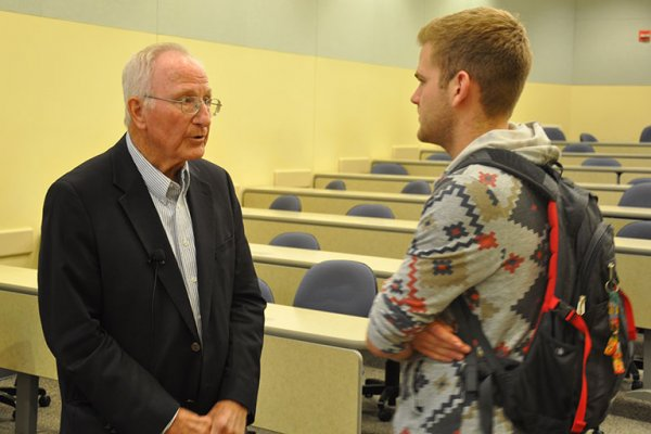Alumni Master Al Kurtenbach, founder of Daktronics, talks with an ELEC 121 student after speaking to the class in early November.