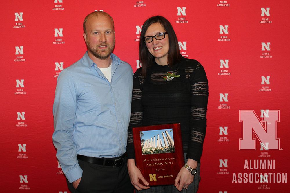 Nancy Melby (right), an alumnus of the architectural engineering program, received an Alumni Achievement Award at the May 3 Alumni Honors Night at Nebraska Innovation Campus. (Nebraska Alumni Association photo)