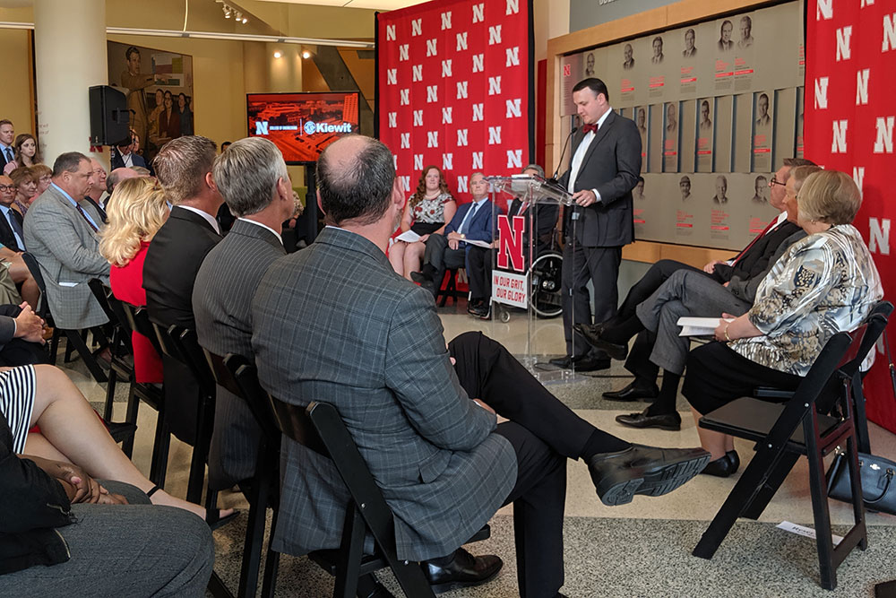 Brian Hastings, president and CEO of the University of Nebraska Foundation, thanks Peter Kiewit Sons', Inc., and all the major donors for their gifts to make possible the construction of Kiewit Hall.