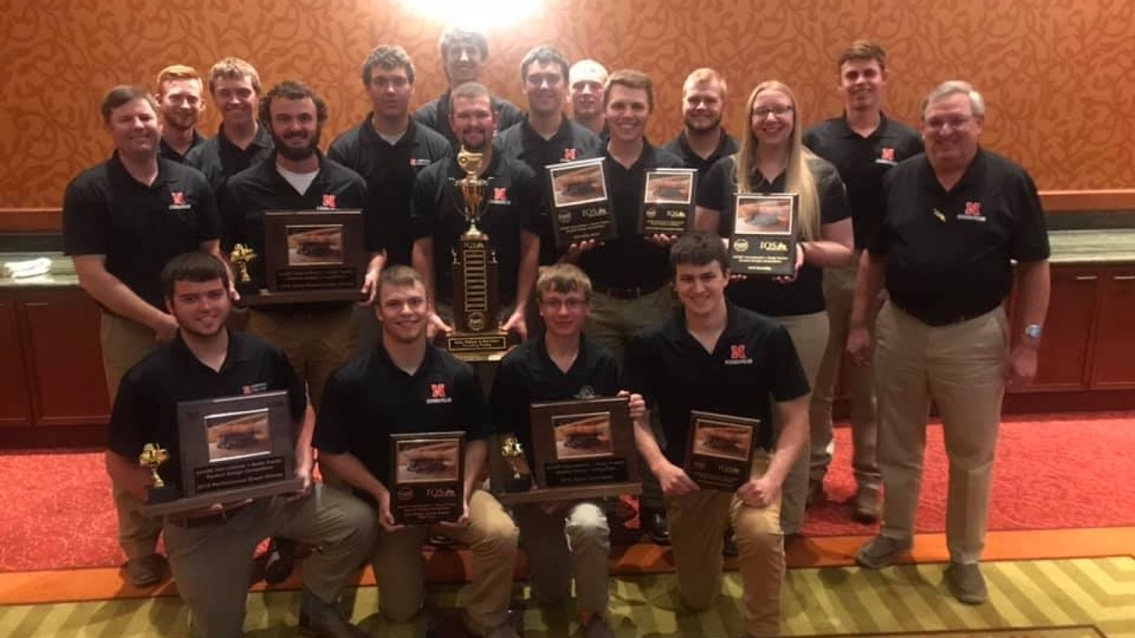 Quarter-scale tractor competition champions